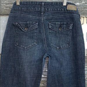 Levi's low rise boot cut jeans- 10